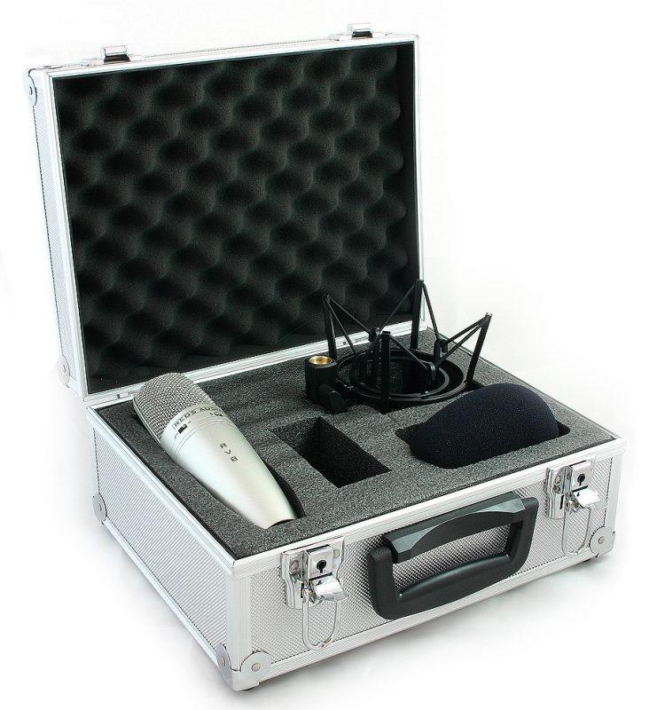 RV8 Large Diaphragm condenser microphone